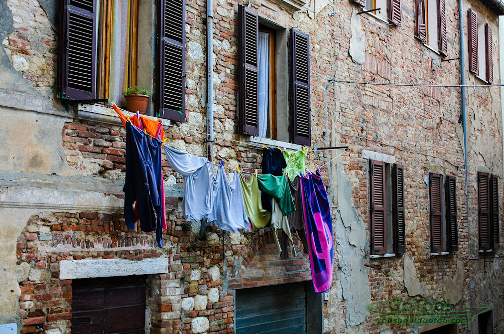 Tuscany Italy Laundry Day