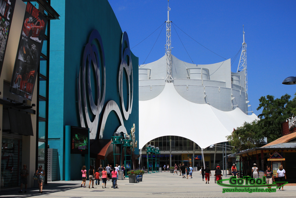 DisneyQuest and Cirque du Soleil at Downtown Disney