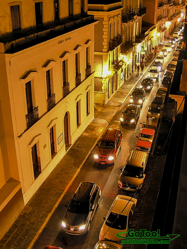 Da-House-Rooftop-View-Traffic-Old-San-Juan-PR