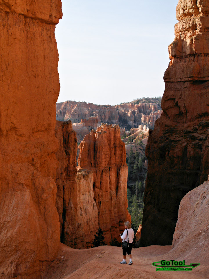 Hiking in Bryce Canyon National Park Utah